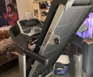 Horizon Paragon 6 Treadmill - Hardly Used