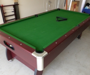 Pool table (can be dismanted)