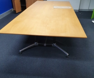 TIMBER BOARD ROOM TABLE