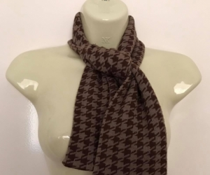 Vgc Ladies Brown Check Thick chevron Scarf
