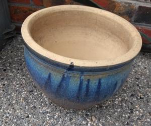 Blue plant pot about 30 cm diameter