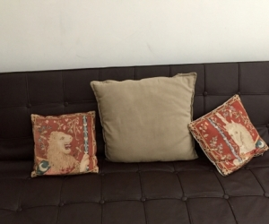 Click-click lounge
