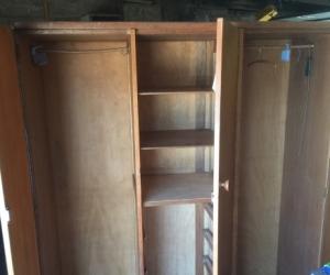 Big 3 door wooden wardrobe LOCATED EAST BENTLEIGH