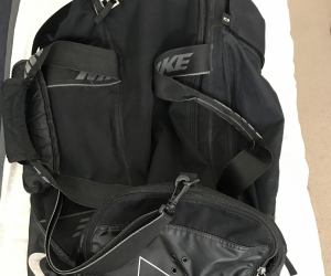 Large Nike sports / gym bag