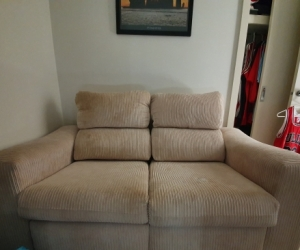 2 seater reclining sofa (can be split in two)