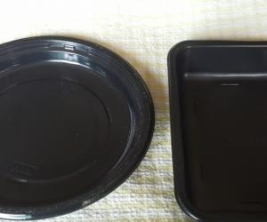 Black plastic plates and trays