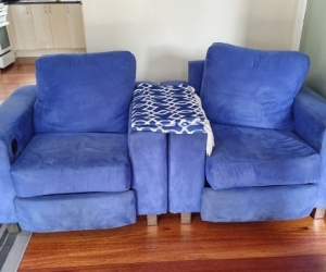 3 person couch with 2 recliners (blue)