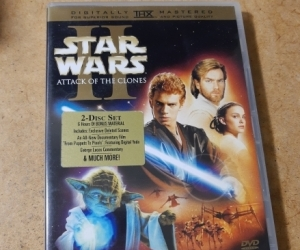 DVD -  Star Wars attack of the clones