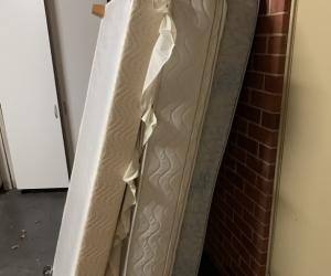 Single bed base + 2 mattresses