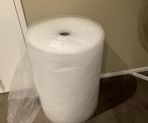 750mm x 100 metre roll of bubble wrap.
