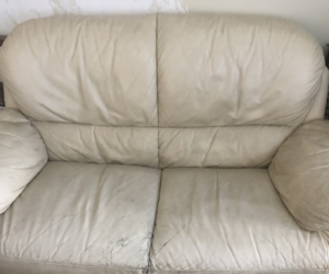 2.5 and 3 seater leather couch