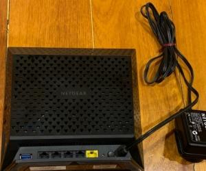 Netgear R6300v2 wifi router