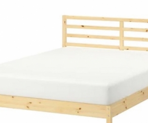 Almost new double Bed + Frame + Matress