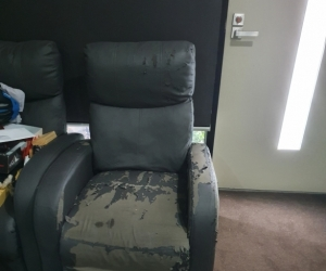 Recliner/armchair