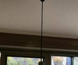 Pendant light over kitchen table