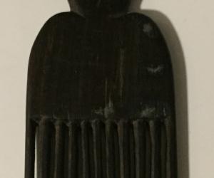 African decorative comb