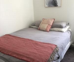 Queen size mattress & base