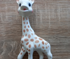 Sophie the giraffe chew toy