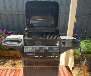 2 Burner Hooded BBQ - used but good condition