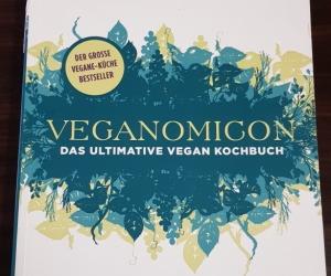 Veganomicon book (in German)