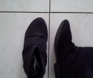 ladies soft black boot