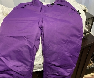 Girls ski jacket and pants