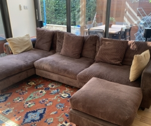 Free sofa but must be able to pick up