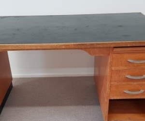 Desk, Wooden for Home or Office.