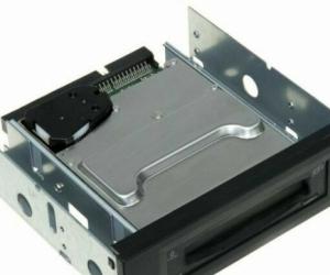 Iomega Rev 35 ATAPI Internal Drive 35gb Disk
