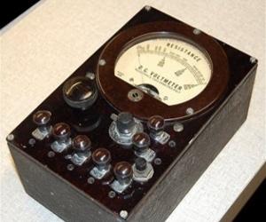 Vintage Amp / Volt Meter