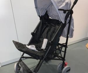 Simple foldable toddler stroller