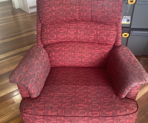 2 x recliner arm chairs