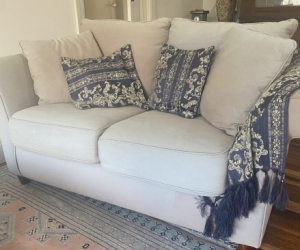 2x seater Couch