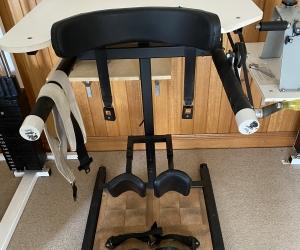 Manual standing machine
