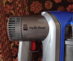 Dyson DC35 Stick Vacuum - Needs new battery pack