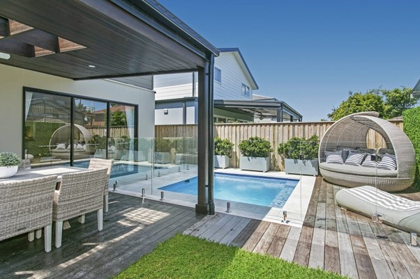 6. Opt for a plunge pool